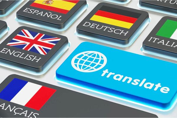 Teclado con diversas teclas en varios idiomas